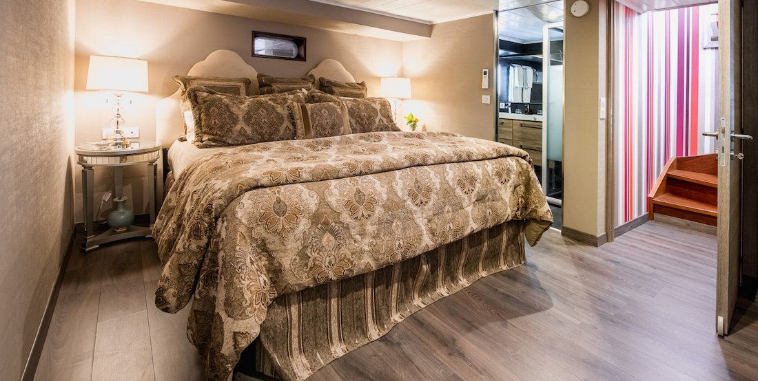 Luxurious Guest Stateroom - Grand Victoria Canal and River Cruises France