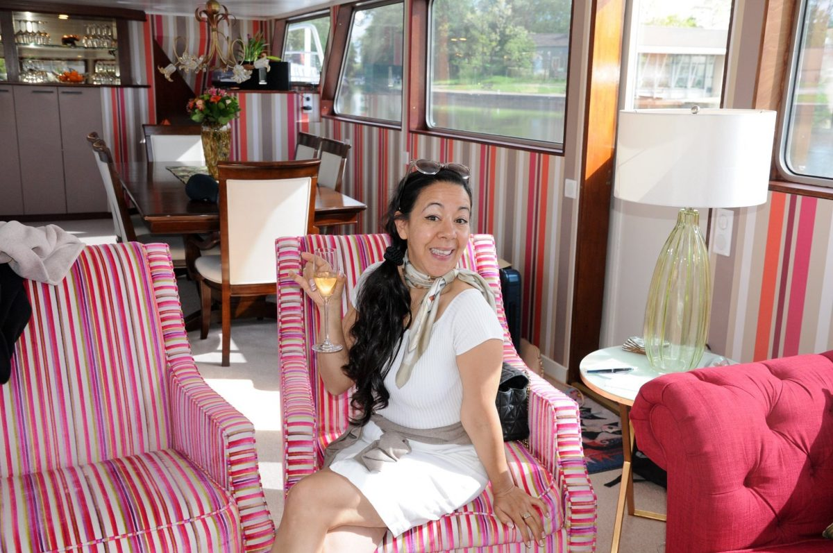 Canal Cruising in France aboard the Grand Victoria